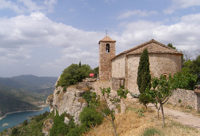 Ruins of an old church above Lake Siurana