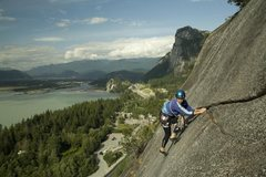 Rock Climbing Photo: Pitch 4 of Hairpin on the Papoose with the Chief i...