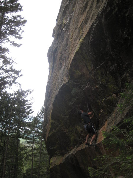 Matt Samet approaching the crux.