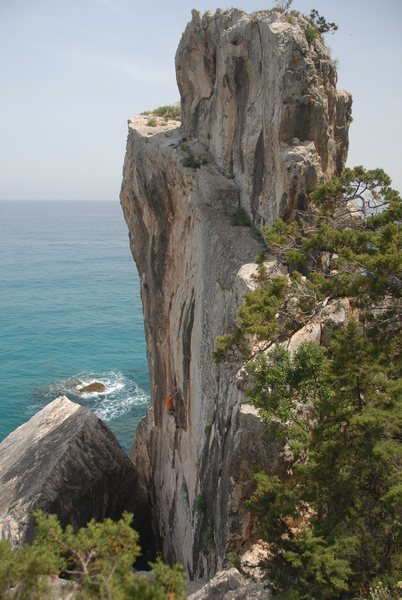 climbing at Cala Luna