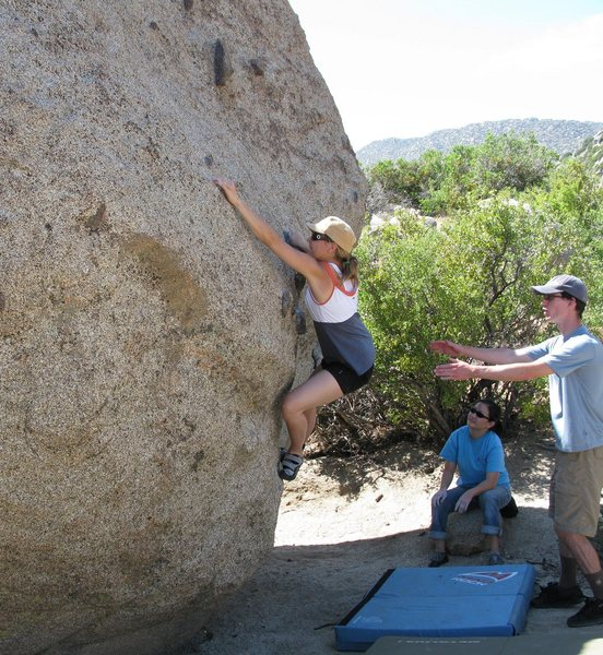 Rock Climbing Photo: Boulder just over the shoulder of vector crack. Ca...
