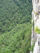 Rock Climbing Photo: The spacious belay ledge at the end of pitch 2. Us...