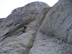 Rock Climbing Photo: Starting up pitch 4 of 'Freeblast'