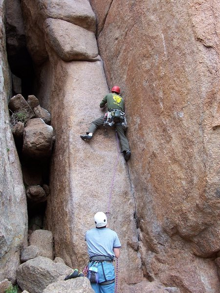 Proceeding through the low crux on Friday the 13th (1st pitch).