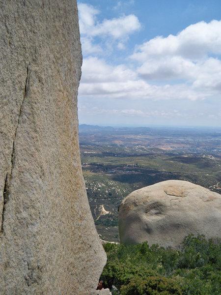 Rock Climbing Photo: Dragon Arete, showing left face.  Mt Woodson.