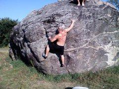 Rock Climbing Photo: Moving up on 'Dank Nugs'