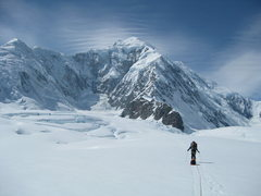 Rock Climbing Photo: Skiing up the Hubbard Glacier towards ABC at the f...