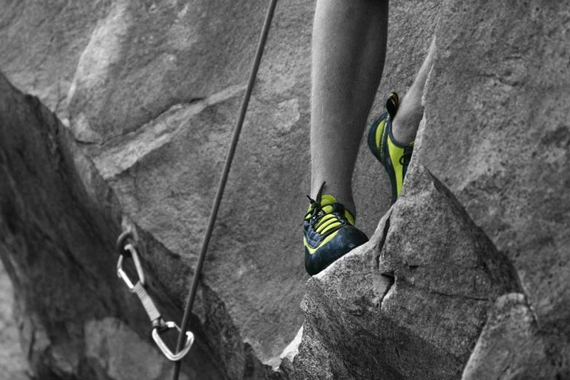 Rock Climbing Photo: otey's feet enjoying a nice rest on thin Man