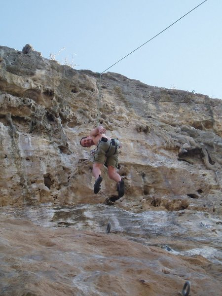 Rock Climbing Photo: Simon coming back to the dirt on Lizzard the Gizza...