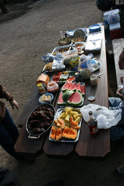 Rock Climbing Photo: A great dinner spread.