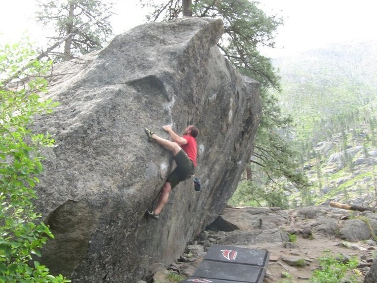 Rock Climbing Photo: v3 approach