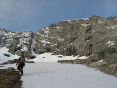 "Rock Climbing Photo: Approaching couloir. Can you say "" 5am is a l..."