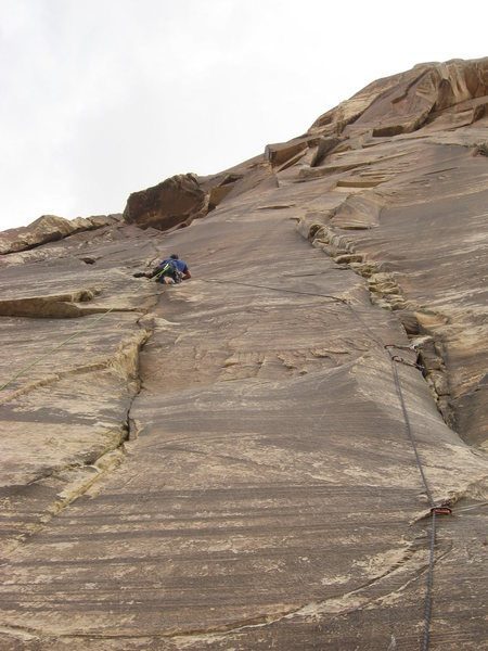 Rock Climbing Photo: Mike on pitch 6 (10a) of Texas Hold Em.