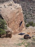 Rock Climbing Photo: A V6/7 Highball variation at Unaweep (Non-contrive...
