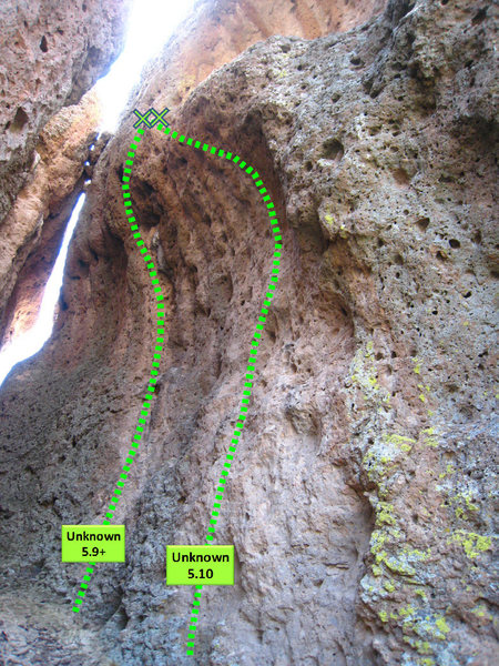 Rock Climbing Photo: Giant's Molars - Unknown Cave Routes