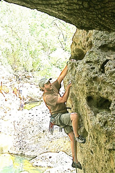 Rock Climbing Photo: Nathan Fitzhugh on Chimps Ahoy malibu Creek.
