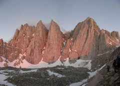 Rock Climbing Photo: Early morning on the approach to the Mountaineer R...