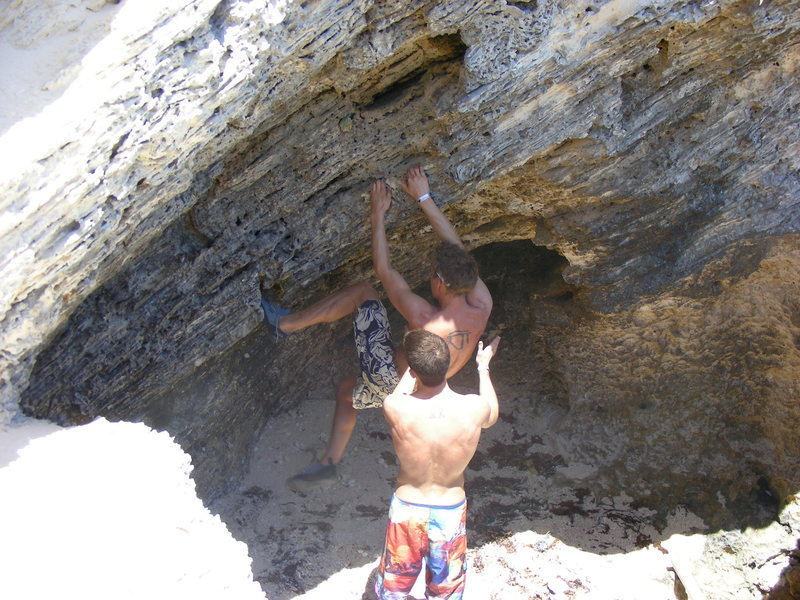 "Rock Climbing Photo: Alex ""Sunshine"" Plotz starts off the cav..."