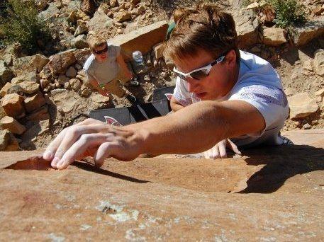 Rock Climbing Photo: Utilizing that tear-drop crimp.