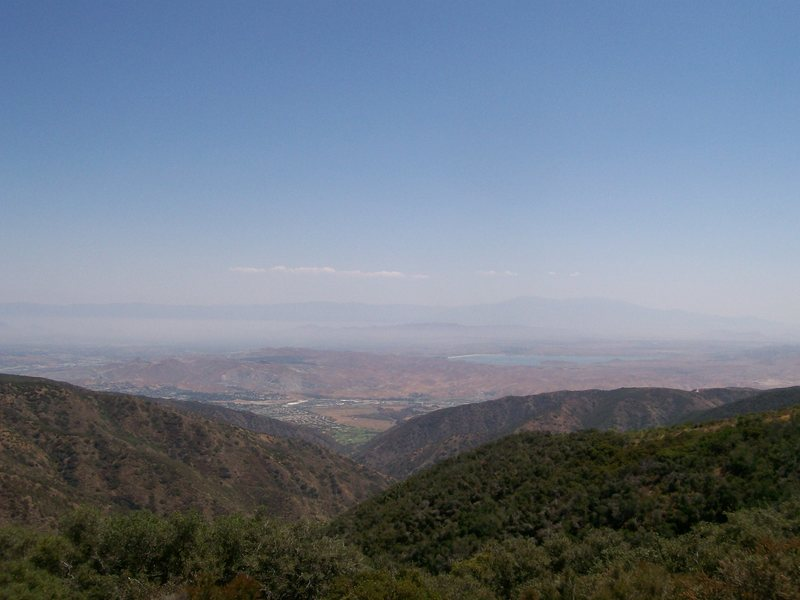 View from the Maple Creek => Bedford Peak trail (Silverado Cyn, CA).  Love that smog.