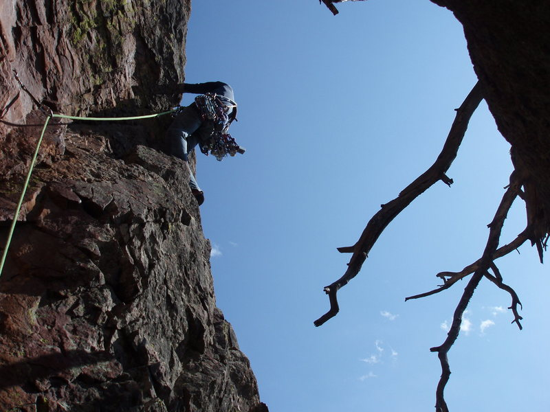 Pitch 4 (don't skip) It is very easy to walk off a ledge to the left after the fun crack....