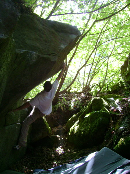 Rock Climbing Photo: The slightly easier right hand version.