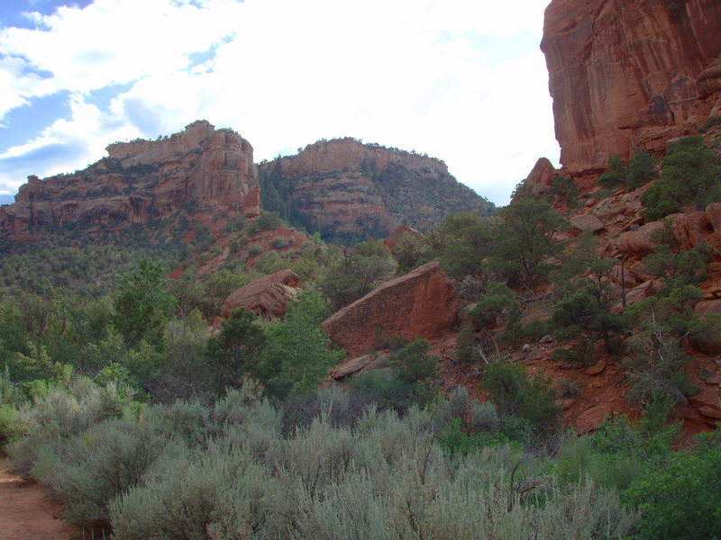 Some scenery of the hike in.