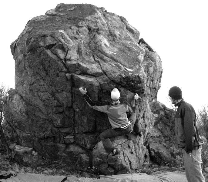 "Rock Climbing Photo: Aaron Parlier, on the start to ""Foot Kaput&qu..."