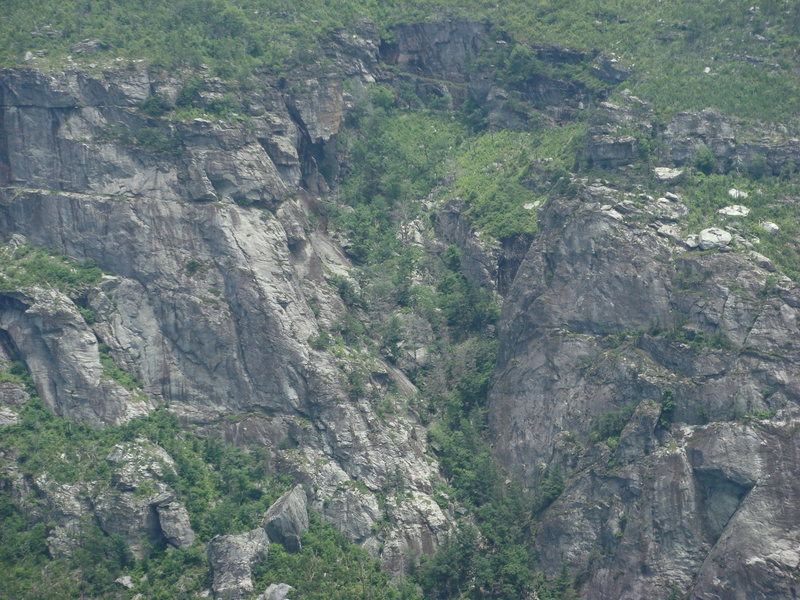 Rock Climbing Photo: The Amphitheater from RJ trail
