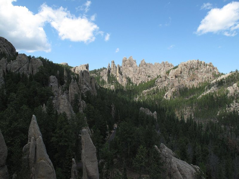 View over part of Ten Pins area at Cathedral Spires. Photo taken from top of 'Tee the Ball'.