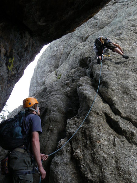 Rock Climbing Photo: leading first pitch of aquarium rock
