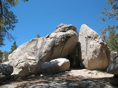 Rock Climbing Photo: The boulder pile with Feels Like a Virgin (V3 R), ...