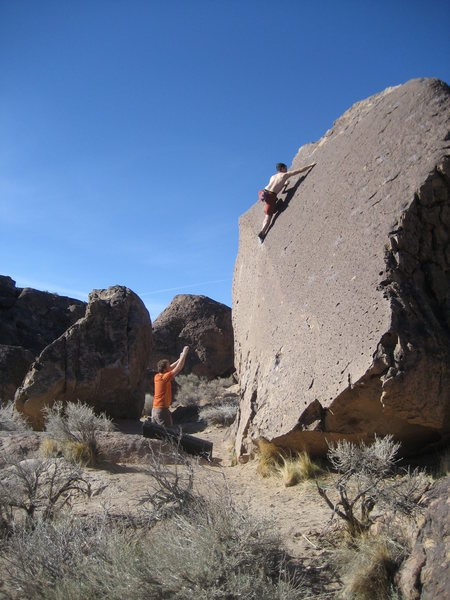 Rock Climbing Photo: Bouldering in Bishop.  April 2008.