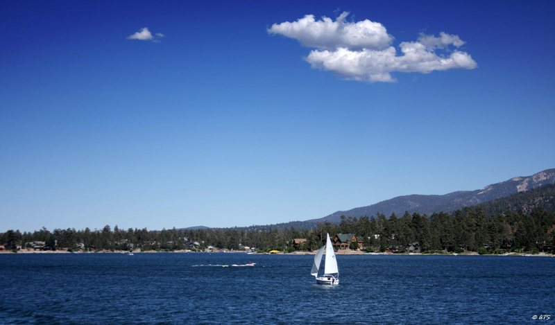 Rock Climbing Photo: A beautiful day on Big Bear Lake