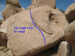 Rock Climbing Photo: Van Gogh's Ear (V-easy), Joshua Tree NP