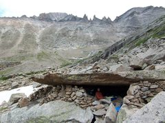 Rock Climbing Photo: One of the great bivy caves under Spearhead...