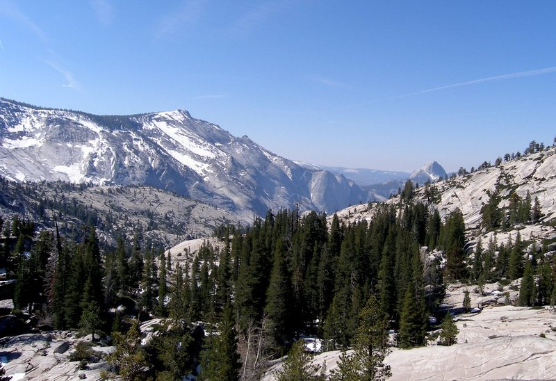 Rock Climbing Photo: View from Olmsted Point toward cloud's Rest
