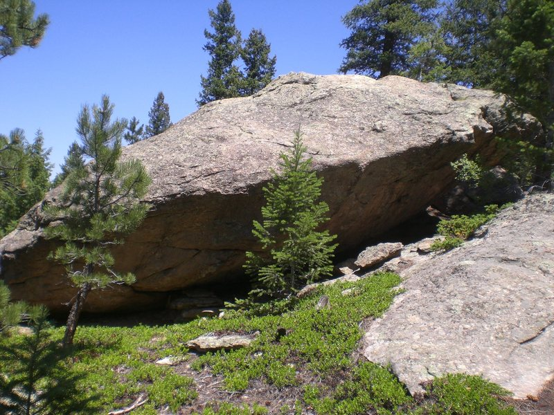 The Huhly Boulder from the trail.