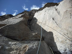 Rock Climbing Photo: Looking up into the curving corner.