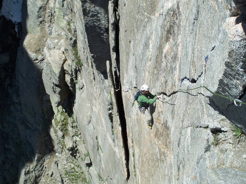 Rock Climbing Photo: #2 Camalots are almost useless on P2.  Bring at le...