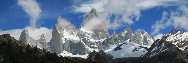 Classic view from the east of the FitzRoy massif. From left to right peaks are: St. Exupery, Rafael, Poincenot, FitzRoy, Mermoz, Guilluamet.