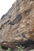 Rock Climbing Photo: Climb ledges to the right of Rat's Nest. The crux ...