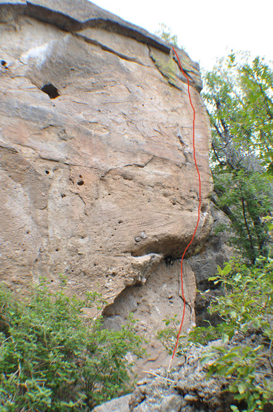 Rock Climbing Photo: Climb the right side of the detached block.