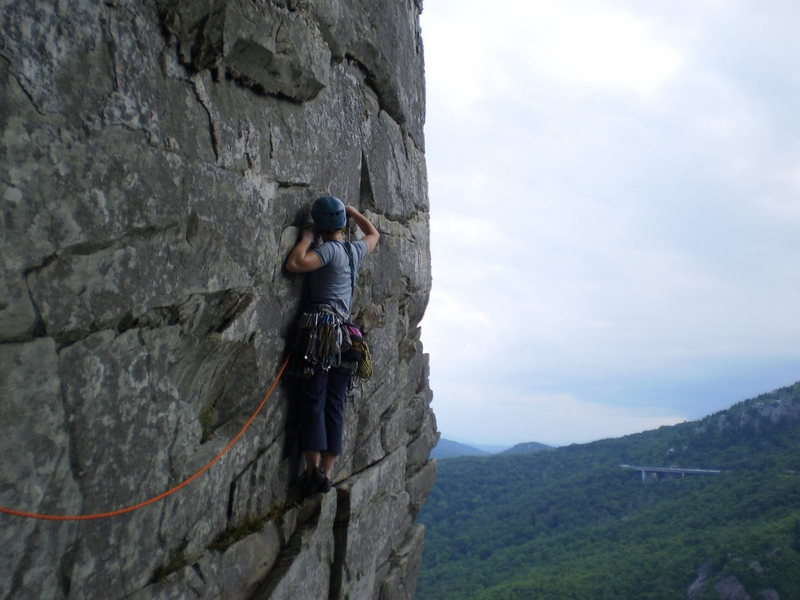 Rock Climbing Photo: Midway in the traverse with Linn Cove Viaduct in t...