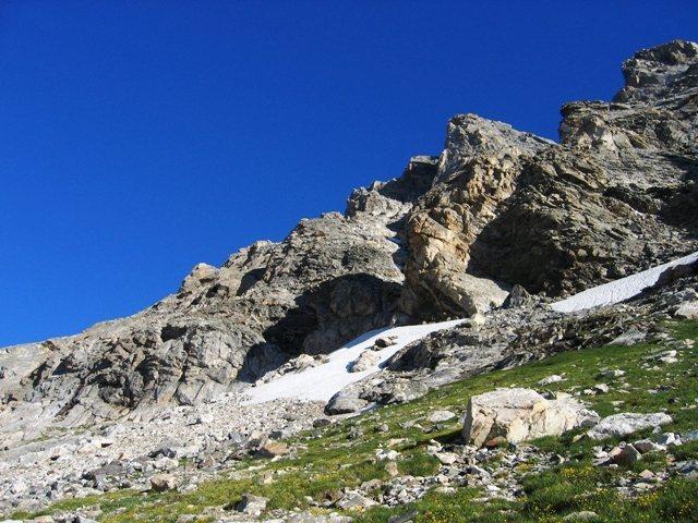 Approaching the base of the Ellingwood/Buckingham Ridge on the Middle Teton.