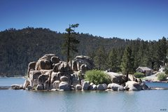Rock Climbing Photo: Boulder Cove in Big Bear Lake