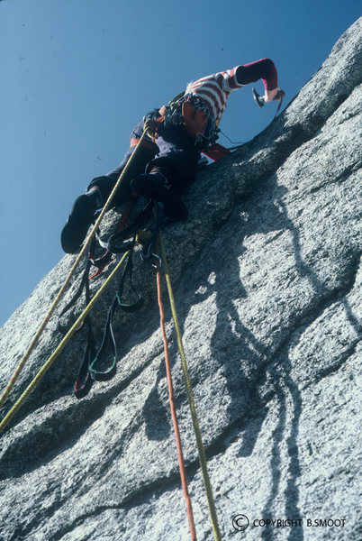 Jonathan drilling (above a ledge) on the epic 5th pitch