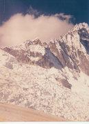 Rock Climbing Photo: On the slab approaching Rinrihirca and NV. Taullir...