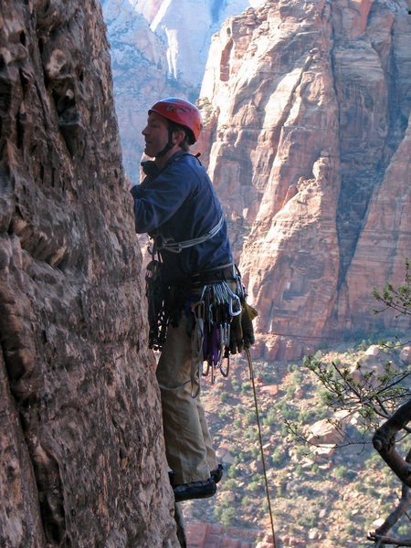 Rock Climbing Photo: Starting up P1 of Ashtar Command, April 2009.  Pho...