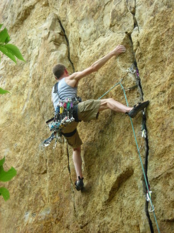 Rock Climbing Photo: Leading Barnburner